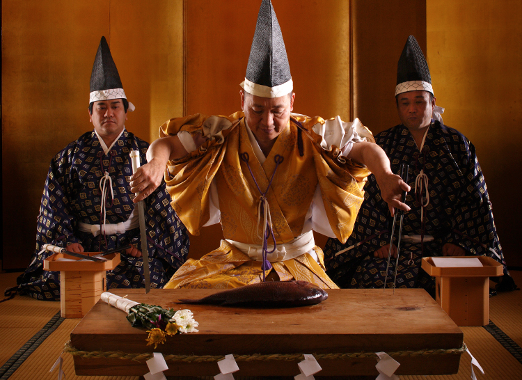 Takabe Shrine's Knife Ceremony